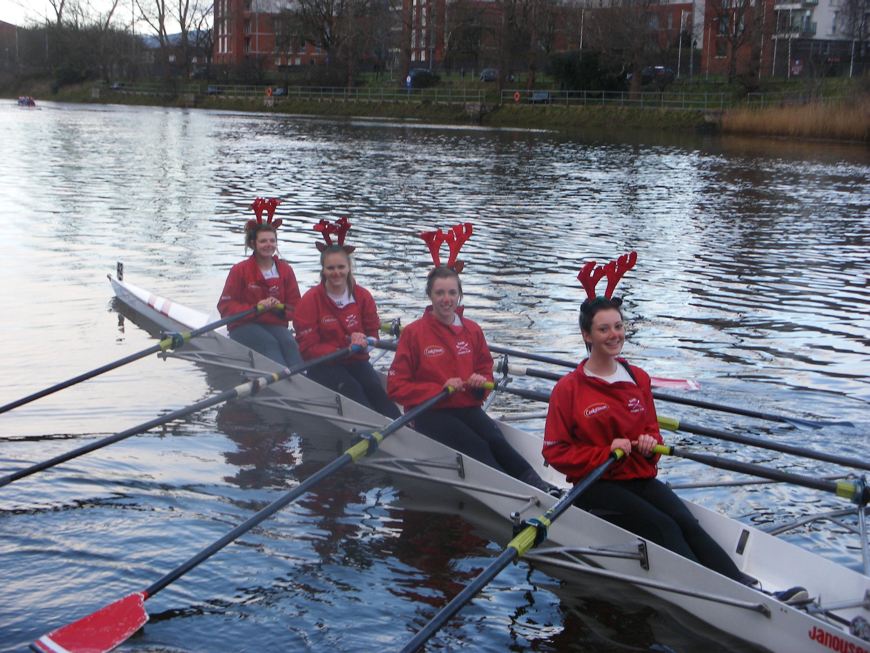 four-very-happy-bann-reindeer-lagan-festive-head-2011